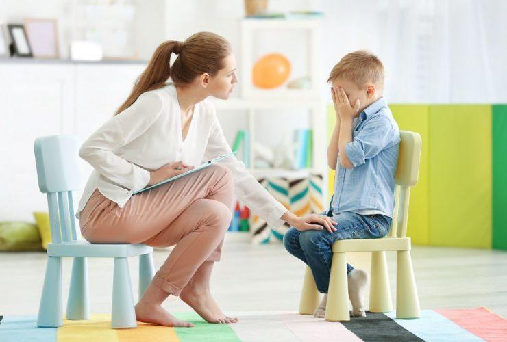 entenda-quando-e-a-hora-de-levar-uma-crianca-ao-psicologo.jpeg